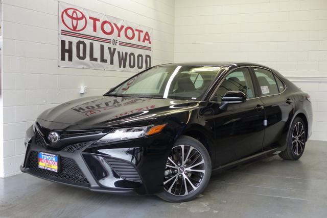 New 2020 Toyota Camry SE Auto (Natl) FWD Sedan