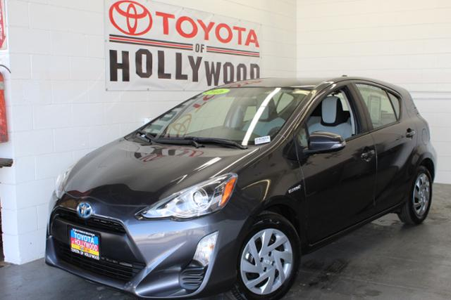 Pre-Owned 2016 Toyota Prius c 5dr HB One