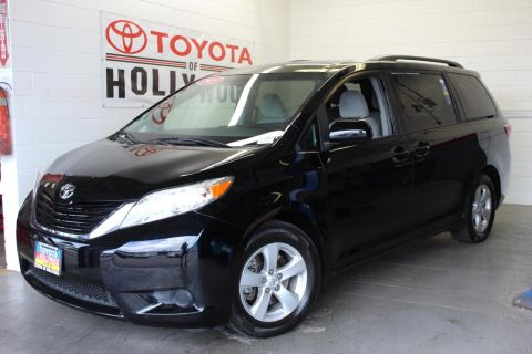 Pre-Owned 2015 Toyota Sienna 5dr 7-Pass Van LE AAS FWD