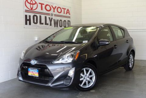 Pre-Owned 2016 Toyota Prius c 5dr HB Three